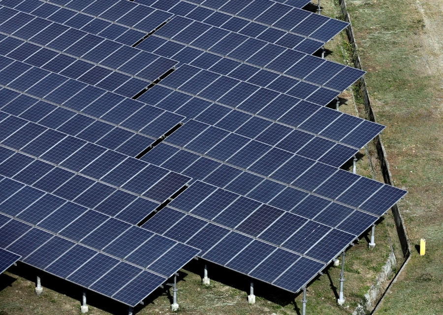 Energy-short Pakistan moves to power up solar manufacturing