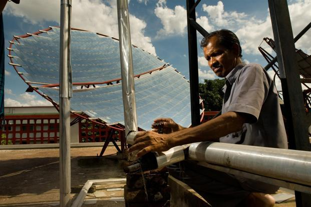 Petronas in talks to buy a majority stake in Amplus Energy