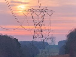 Power grid investment needs to match enormous growth in renewable capacity- IEEFA-1