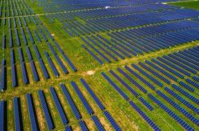 Solar_Utility-Scale_XL_721_420_80_s_c1
