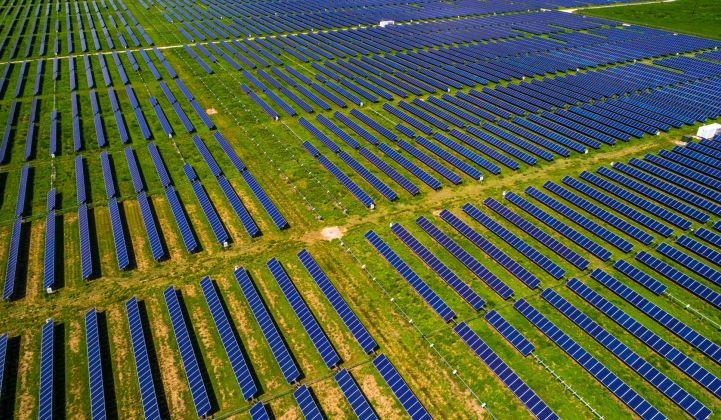 Is the Utility-Scale Solar Industry in a Finance Bubble?