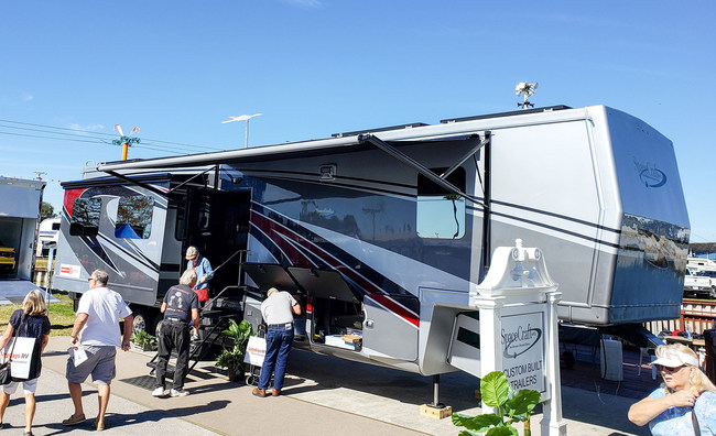 Space Craft and Volta Announce Sustainable Luxury RV with First Ever Automotive-Grade Li-Ion System for Fifth Wheel