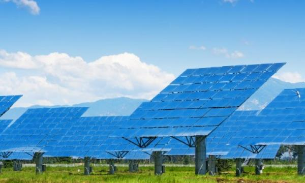 Set up more solar plants in state with 3,200MW capacity: Min to MSEDCL