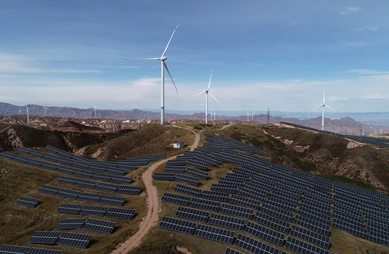 As renewables soar, BP sees China hitting brakes on energy growth