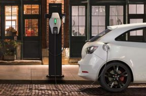 EV Charging Stations In India Are More Important Than Introducing New Electric Vehicles