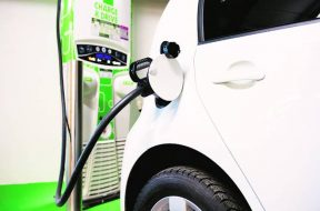 Electric vehicles- Battery swapping technology showcased, to benefit e-rickhaws, taxi companies