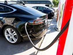 Housing companies hesitant to install electric car charging stations