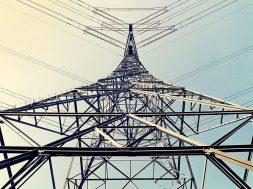 January spot power price rises 4 per cent to Rs 3.33 per unit