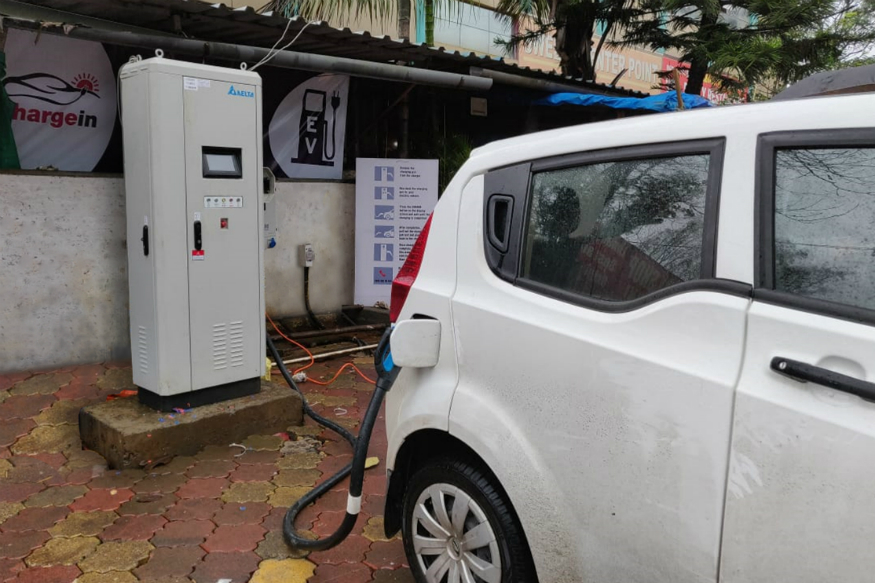 Government to Install Electric Vehicle Charging Stations at Every 25 Km in India