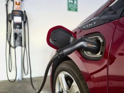 Push for electric vehicle charging network