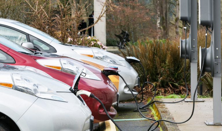 Seattle mayor wants law that requires new buildings to have electric vehicle charging capability