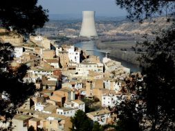 Spanish Govt Plans to Close All Nuclear Plants by 2035