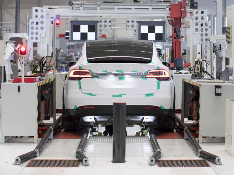 Tesla to Buy Energy Storage Firm Maxwell Tech at $4.75 a Share