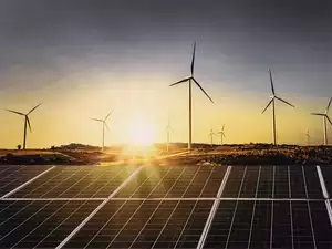 Andhra Pradesh asks power discoms not to back out of green power purchase agreements