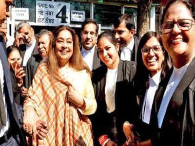 Chandigarh: Kirron Kher hands over e-rickshaws to bar association members