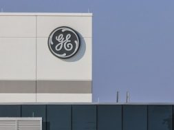 GE ANNOUNCES 2019 OUTLOOK