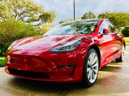 Kelley Blue Book- Tesla Model 3 To Be #2 Vehicle In USA At Holding Value Over 3 Years, But There's More