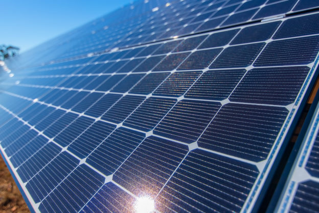 New Electronic Transport Layer Boosts Efficiency of Perovskite PV Cell