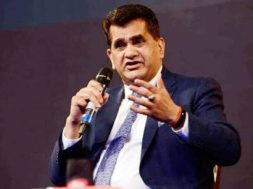 Niti Aayog CEO Amitabh Kant to head transformative mobility panel