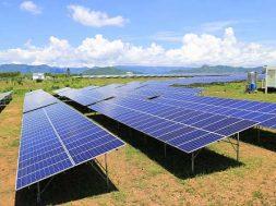 US solar installations to rebound in 2019 as prices plummet- Woodmac