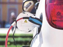 China's $18 billion electric-car market at risk. Will the bubble burst