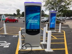Electric vehicle charging stations coming to Shoppers World in Framingham
