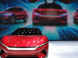 Electric vehicles in the spotlight at Shanghai Auto Show