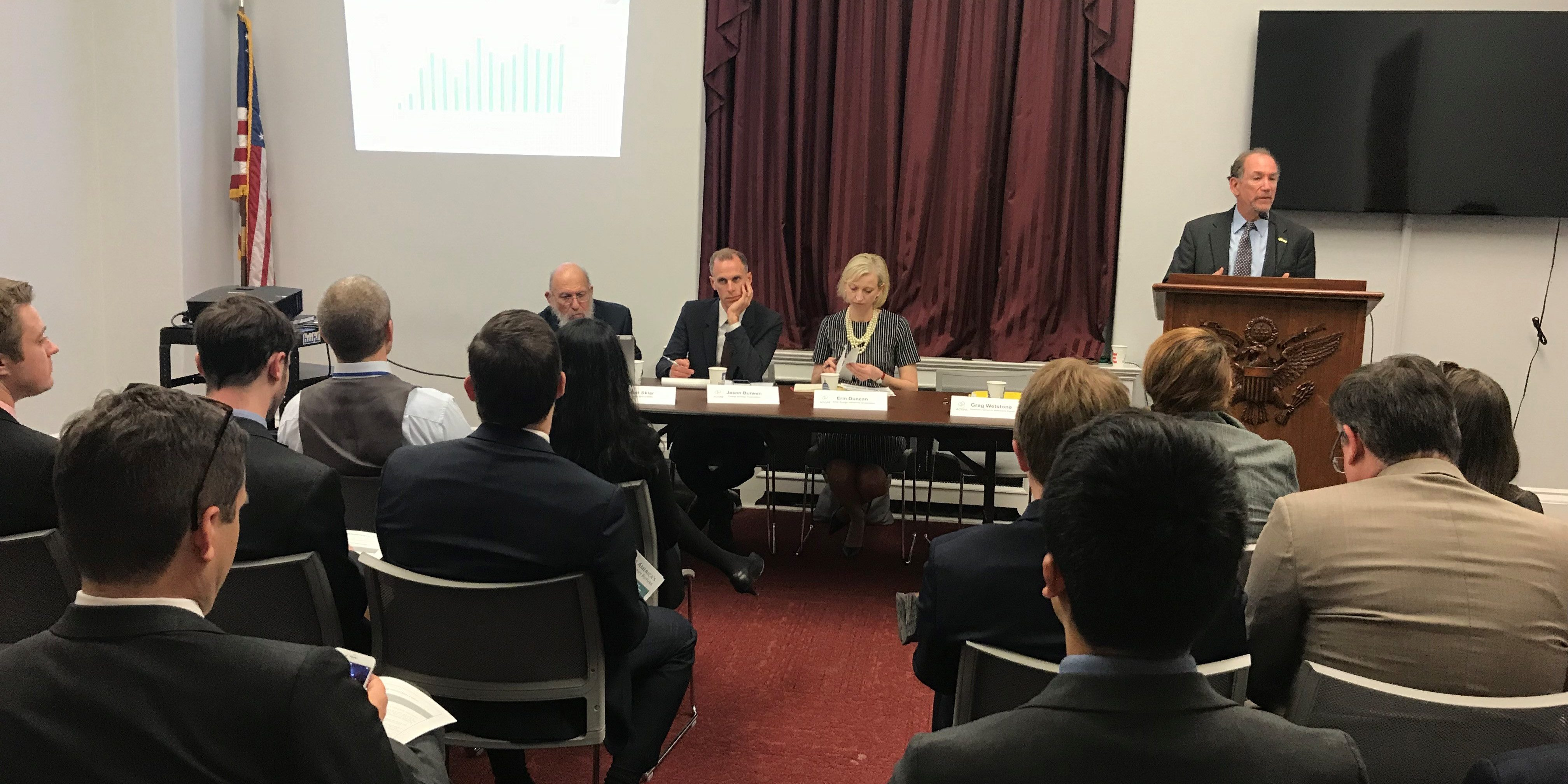 Energy storage tax credit, transmission spotlighted as bipartisan opportunities at ACORE's Hill briefing