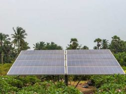 India will have 227 Gigawatt of renewable energy capacity by 2022-Vice President
