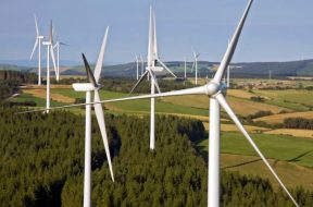Macquarie kicks off sale of wind assets in Italy and France
