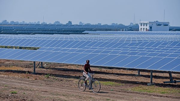 Mahindra Susten looks to sell around 160MW of solar power assets