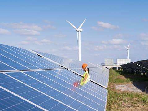 Renewables investor Berkeley hires JP Morgan to review options: sources