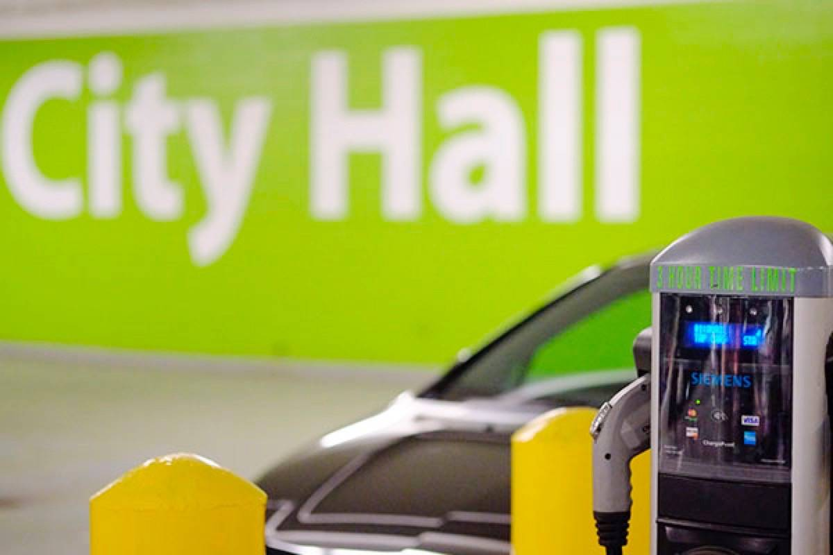 Surrey looks to expand electric vehicle charging stations