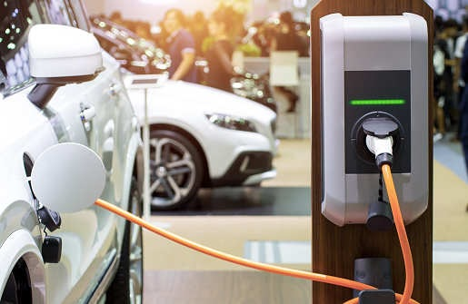 ChargePoint sounds alarm on electric vehicle charging standards