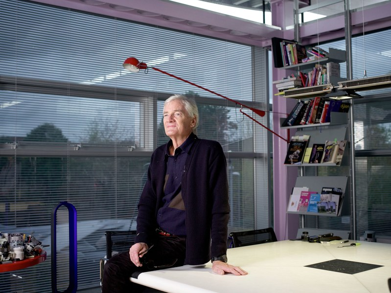DYSON PATENT APPLICATIONS OFFER HINTS AT ITS ELECTRIC CAR