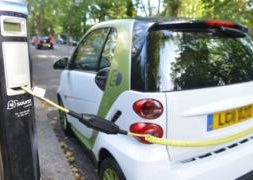 Electric cars not attractive for most people in the UK