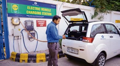 Govt tells EV makers to localize manufacturing to qualify for subsidies