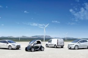 Largest smart electric vehicle charging network optimizes use of renewable energy in Amsterdam