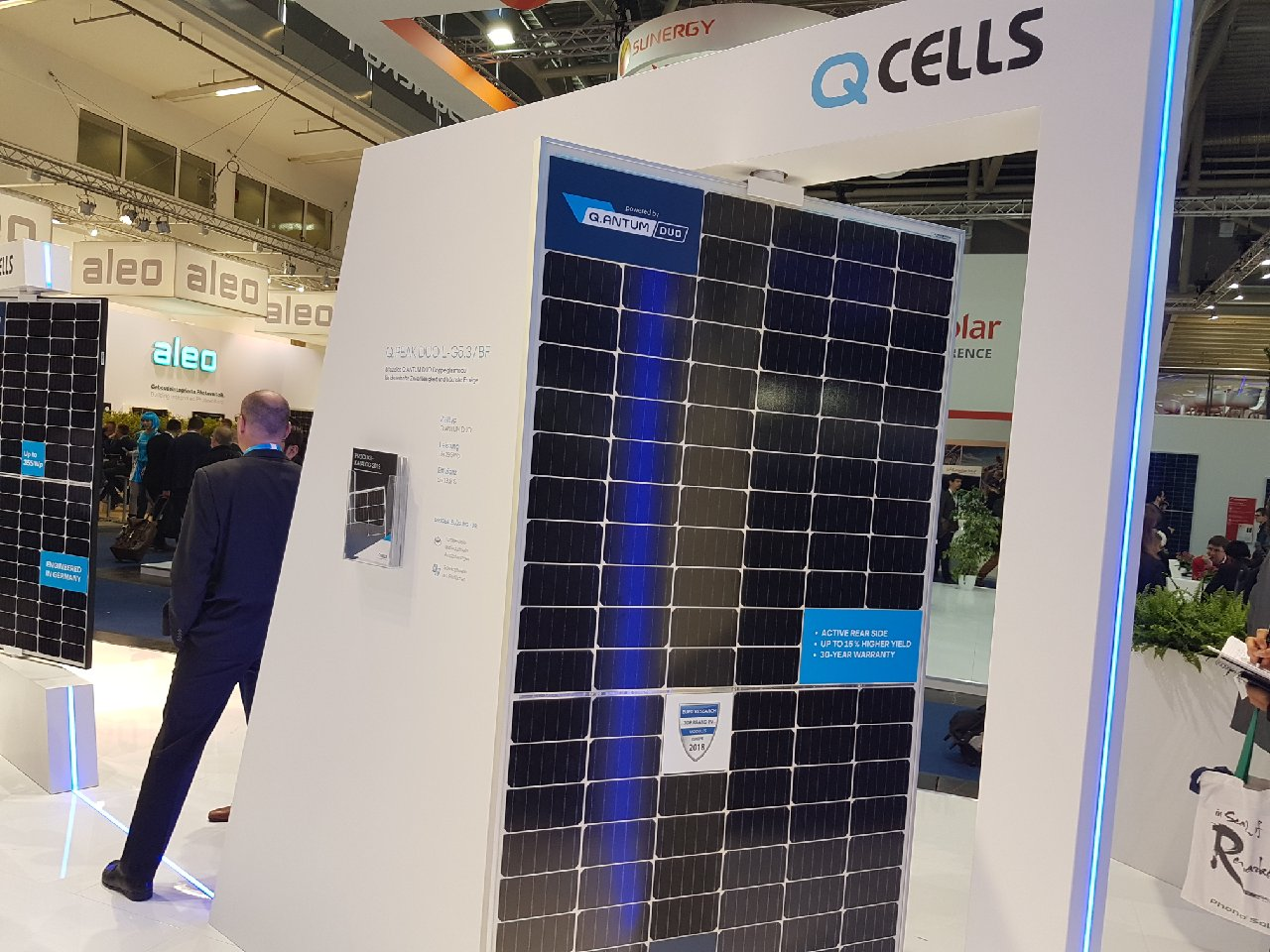 Q CELLS hits new Q.ANTUM cell milestone, announces launch date of new bifacial module