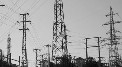 ANALYSIS-Despite drought, Costa Rica's electricity stays clean – but not cheap