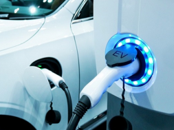 EV startup Blu Smart partners with Mahindra to launch an all-electric ride-hailing service