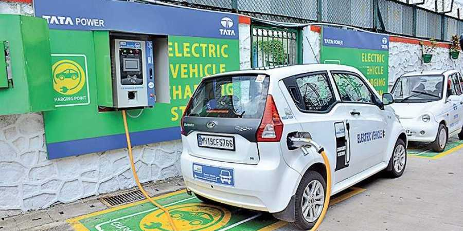 Electric vehicle firms prefer gradual shift to electric mobility