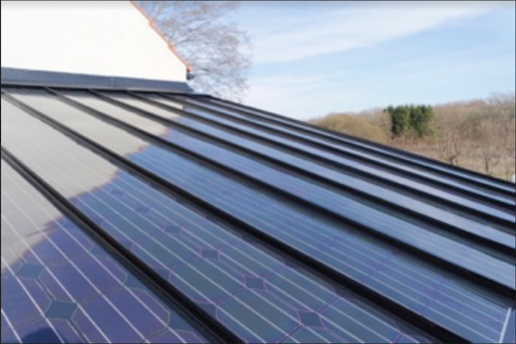 First installation of Midsummer´s new improved integrated solar cell roof carried out in Kivik, Sweden