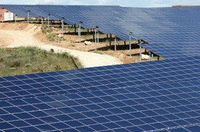 Iberdrola to launch Irish retail arm, invest $112 mln in renewables by 2025