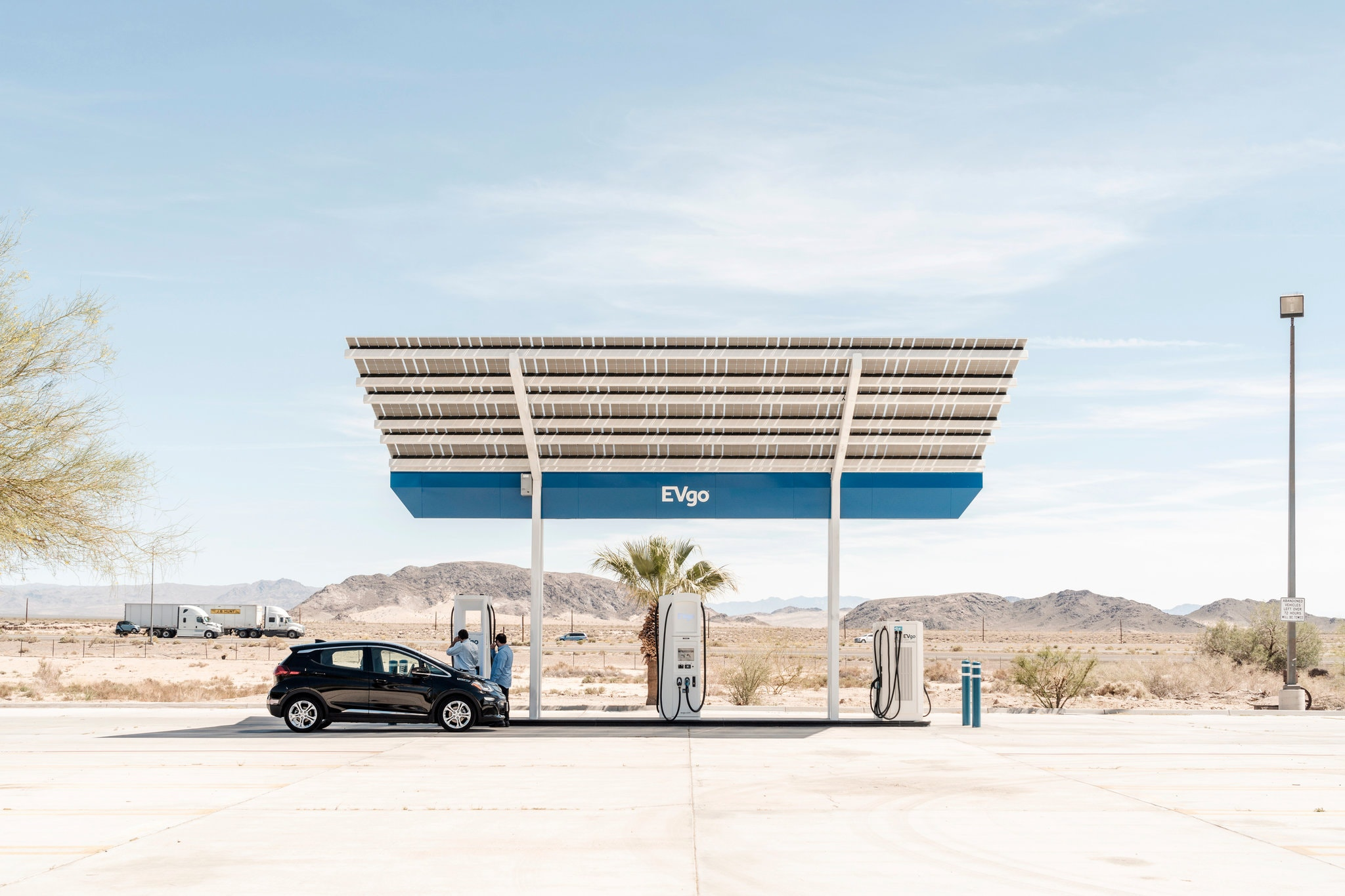 L.A. to Vegas and Back by Electric Car: 8 Hours Driving; 5 More Plugged In