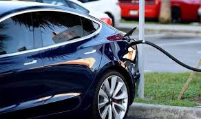 What This Oil Major CEO Drives And What He Thinks Of Electric Cars