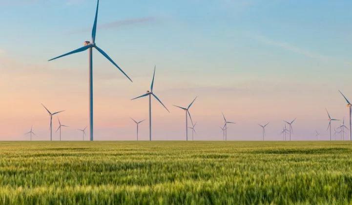 'Cheaper Than a Peaker': NextEra Inks Massive Wind+Solar+Storage Deal in Oklahoma