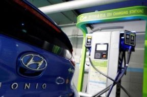 Budget boost to electric vehicles will not fix auto sector's problems