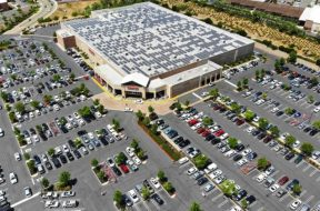Costco_parking_lot_aerial_XL_721_420_80_s_c1