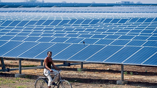Foreign investors pumped $1.02 bn equity in India's clean energy space in FY19